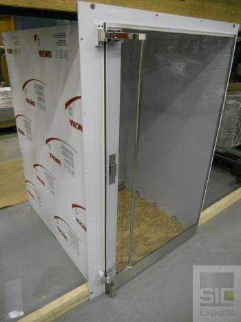 Polypropylene clean room cart pass thru