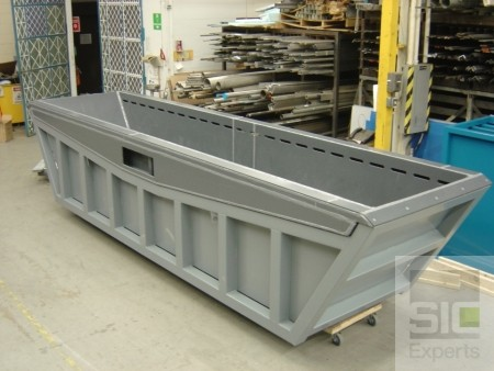 Steel tank with PVC liner