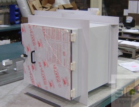 Polypropylene transfer hatch