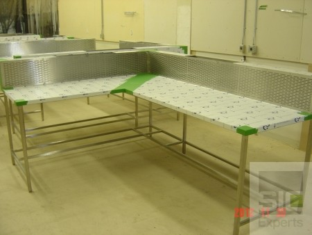 Autopsy stainless steel table