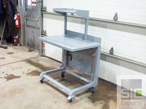 Adjustable height cart