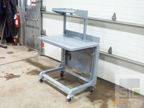 Adjustable height cart