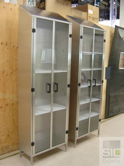Stainless steel cabinet with shelves SIC14880