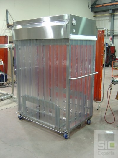 Mobile cleanroom cart