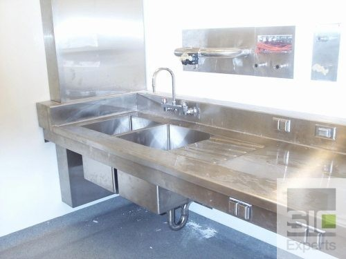 Laboratory sink and countertop SIC10944