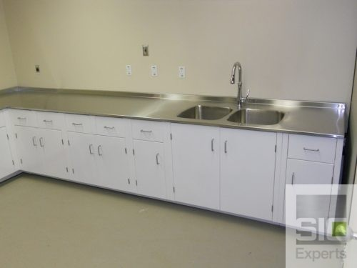 Custom laboratory furniture
