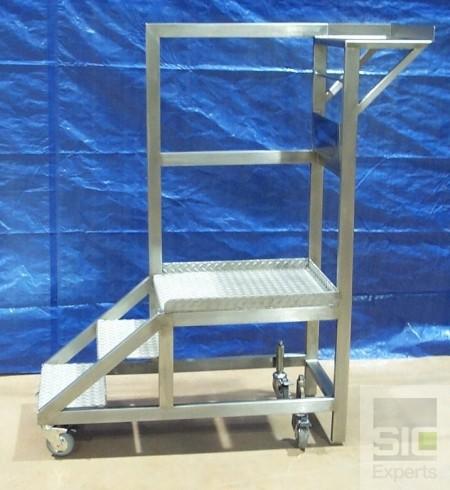 Cleanroom step ladder SIC04880