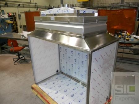 Reverse laminar flow hood SIC29828