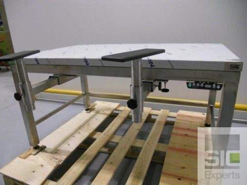 Ergonomic stainless steel adjustable height table SIC31928