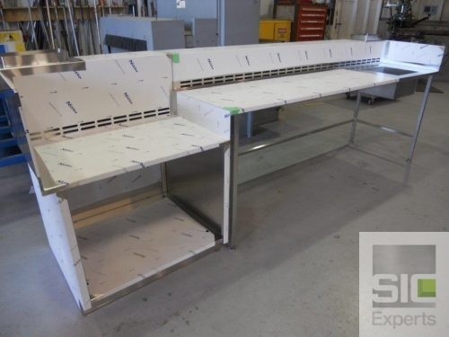 Laboratory ventilated table